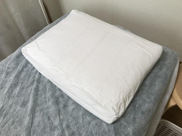 バスタオル枕用の土台の枕